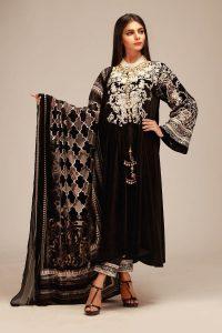 Awesome Khaadi Luxury Velvet Winter Suit 2019