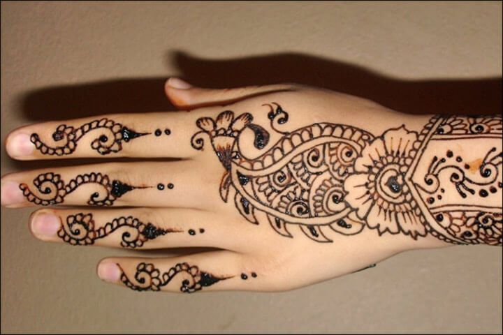 Beautiful Mehndi Designs for Inspiring Look 2019