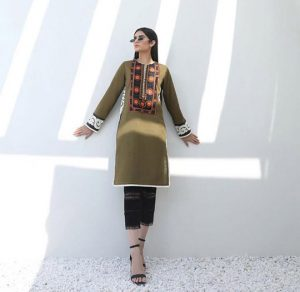 Sana Safinaz Minimalistic Fashion Winter Collection 2020
