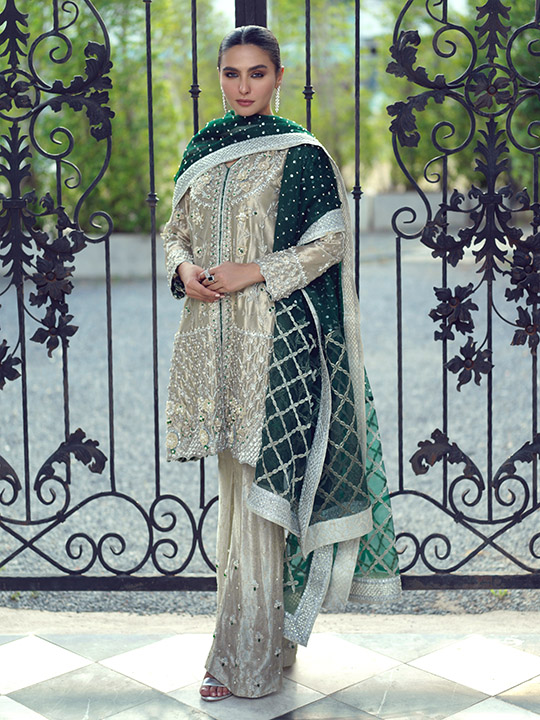Awesome Look Dresses Belle Ame By Sana Abbas 2020