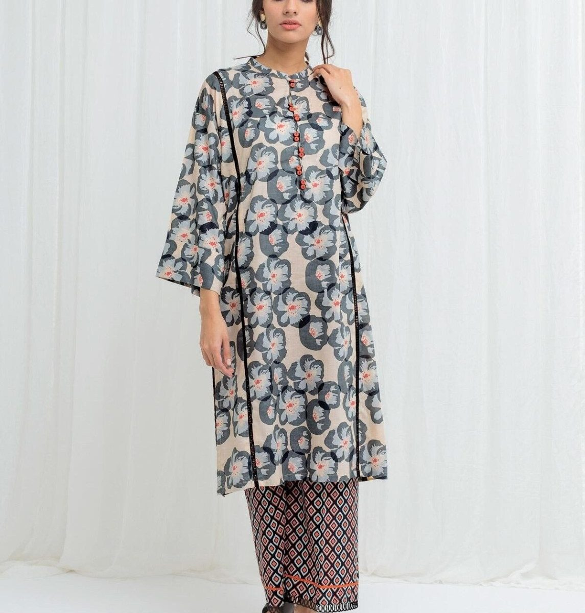 Awesome Beechtree Mid Summer Sale Upto 50% Dresses 2020