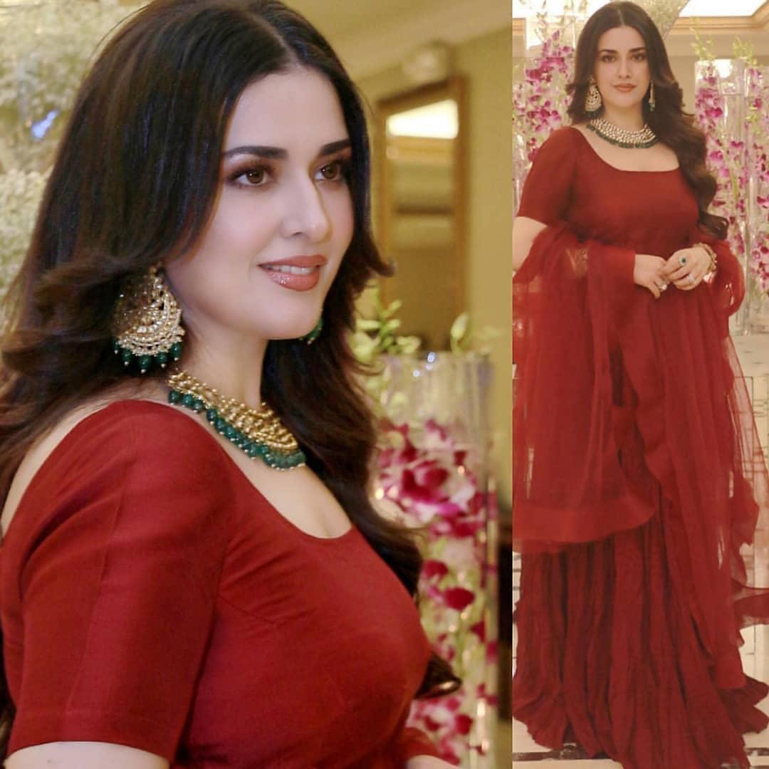 Awesome Grand Daughter Noor Jahan Natasha 2020
