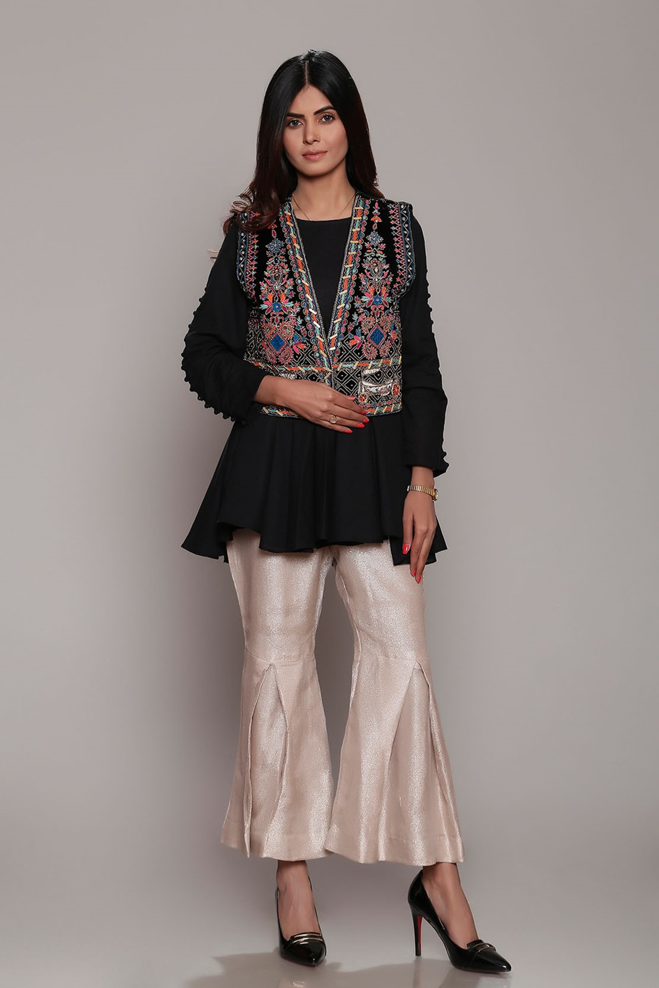 Amazing Dresses Fashion For Girls Looking Design 2020