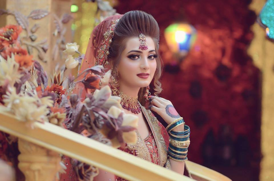 Awesome Kashee's Bridel Makeup Trends 2020