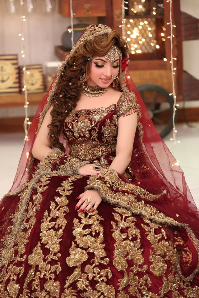 Awesome Pakistani Fancy Dresses For Weddings 2020