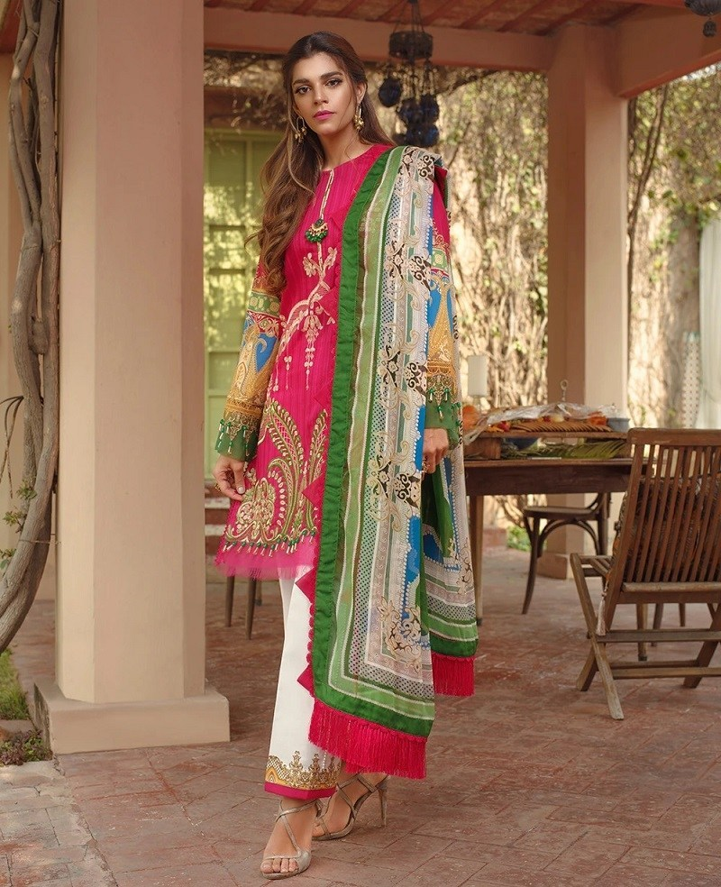 Ittehad Textiles Dresses For Women Looking Design 2020