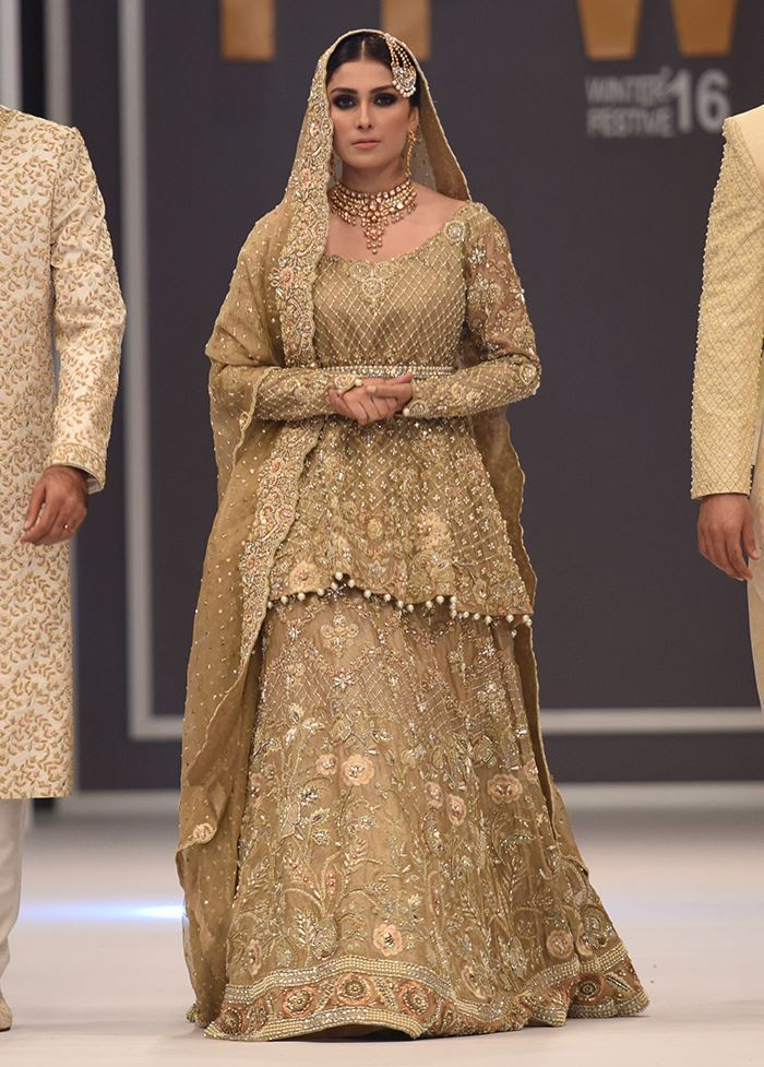 Pakistani Bridal Lehenga with New Color Scheme 2020