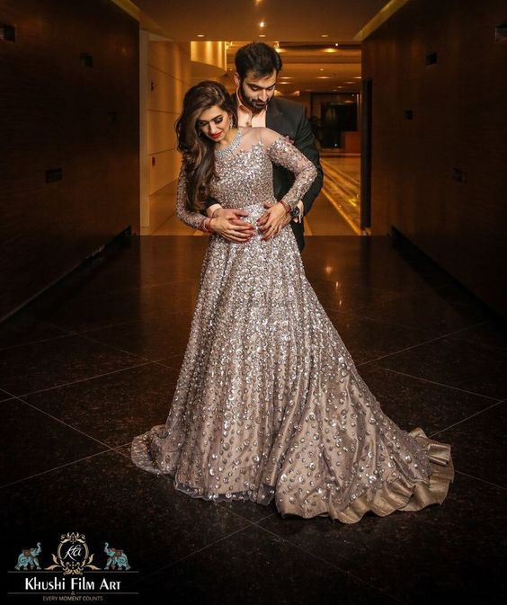 Beautifull Engagement Gowns Dress Stunning Looks 2021