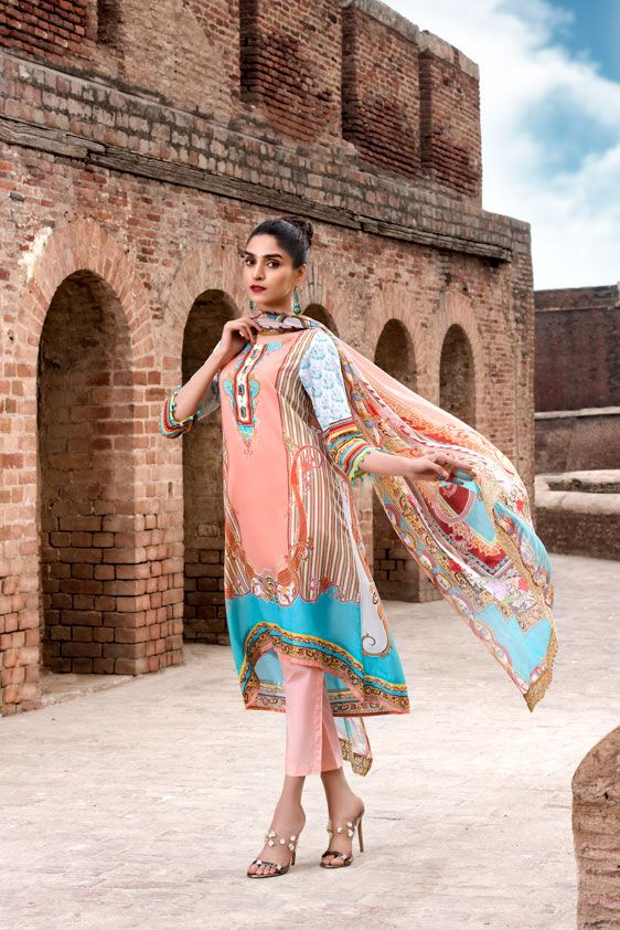Chenone Eid Summer Lawn Fashion Looks 2021 Online Shop