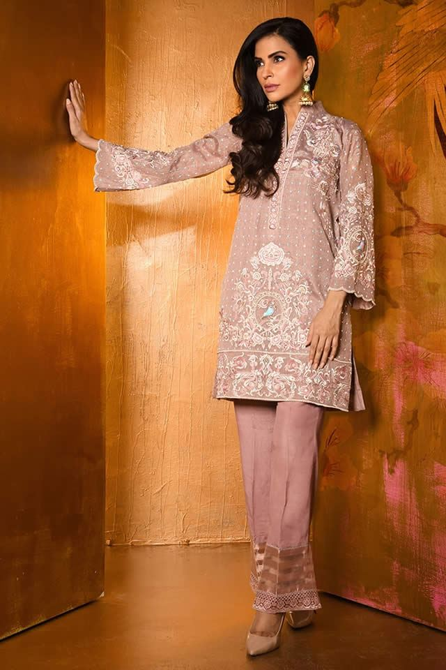 Awesome Wardha Saleem Winter Suit 2019 Ideas