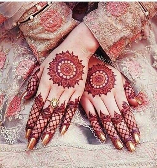 Stylish Easy Mehndi Style for Grils to Get Inspiring Look 2019