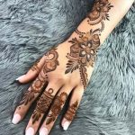 Indian Mehndi Design For Girls Looking Style 2020