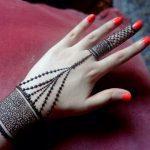 Stylish Mehndi Designs Looking Design For Girls 2020