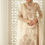 Awesome Pakistani Bridal Dresses Ideas Winter Look 2021